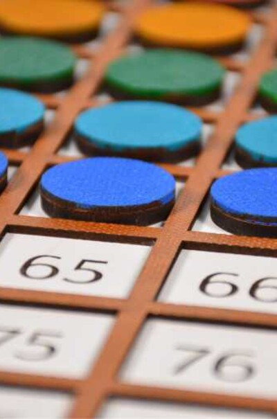 Для изучения математических действий ( таблица Сотни)
