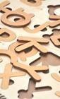 Англійська азбука з дерева для дітей
