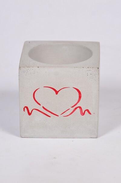 Подарок для любимого человека-оригинальное кашпо из бетона